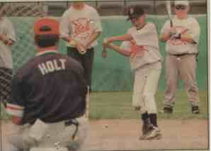 Coach Dave Holt instructor, lessons, baseball camps, clinics, coaching seminars.