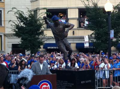 Ron Santo statue at Wrigley Field